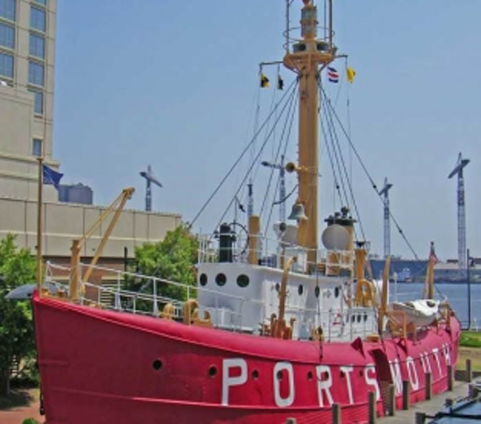 LIGHTSHIP Portsmouth (LV 101 then WAL 524)