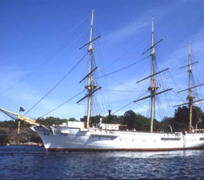 SAIL TRAINING SHIP JARRAMAS